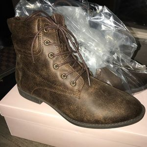 Brown JustFab Ida Bootie Size 8.5 NIB